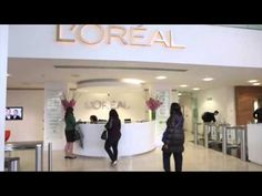 L'Oréal UK and Ireland HR Director Isabelle Minneci speaks about the company's graduate recruitment programme.
