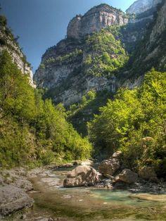 Cañón de  Añisclo Huesca Pirineos  Spain