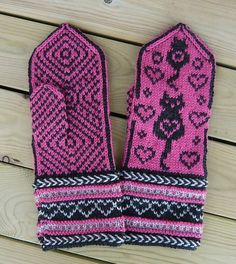 Stricken Colorcat Mittens pattern by Connie H Design – Stricken Crochet Mittens, Mittens Pattern, Fingerless Mittens, Knitted Gloves, Knit Crochet, Crochet Hats, Knitting Charts, Knitting Socks, Knitting Patterns
