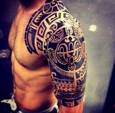 Tribal Shoulder Tattoos For Men #maoritattoosmen #polynesiantattoosshoulder #maoritattoosshoulder