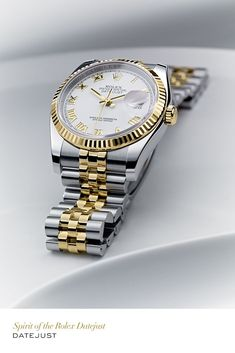 Rolex Datejust 36mm in 904L steel and yellow gold with a fluted bezel, a white dial and Jubilee bracelet. #RolexOfficial #Luxurywatches