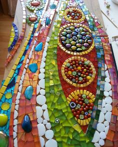 Carnival colours to go with today's #heatwave !! #glass #mosaic #art