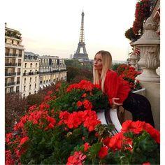 Beautiful Paris  Share and enjoy! #anastasiadate