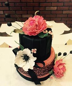 Bold and Beautiful by PoojasDesignerCakes
