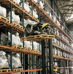 Conventional pallet racking   Pallet racking  