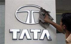 TATA Motors and Italian automaker Fiat on Wednesday (May announced the end of their distribution pact, meaning that the Indian firm will stop selling and servicing Fiat cars in the country. Tata Motors Logo, Tata Sons, Hr Interview, News India Today, Electrical Jobs, Economic Environment, Tech Blogs, Drive Online