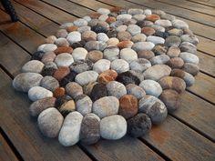 Felt stone rug / bath mat super soft with soft core by flussdesign