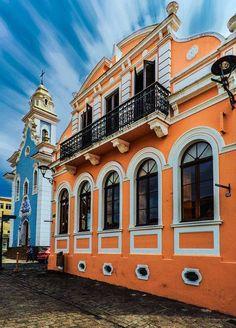 Curitiba es la Capital del Estado Brasileño de Paraná