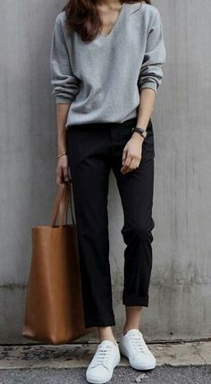 Cute casual outfit – black and gray. – Wearing sneakers wi… Cute casual outfit – black and gray. – Wearing sneakers with an outfit and looking stylish. Fashion Mode, Look Fashion, Trendy Fashion, Winter Fashion, Fashion Black, Womens Fashion, Street Fashion, Fashion Ideas, Fashion Glamour