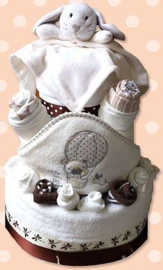 Neutral nappy cake