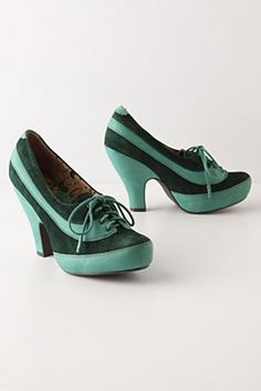 Emeraldine Oxford Heels at Anthropologie...outside my price range but oh so cute.