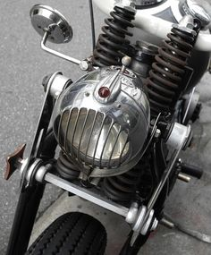 Sweet girder front end and art deco styled light shroud