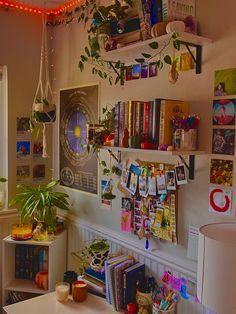 Cute Room Ideas, Cute Room Decor, Room Ideas Bedroom, Bedroom Decor, Bedroom Stuff, Dream Rooms, Dream Bedroom, Neon Room, Indie Room