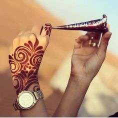 Beautiful Henna Mhendi Design - New Mhendi Designs Modern Henna Designs, Rose Mehndi Designs, Khafif Mehndi Design, Finger Henna Designs, Henna Art Designs, Mehndi Designs For Girls, Dulhan Mehndi Designs, Mehndi Design Pictures, Wedding Mehndi Designs