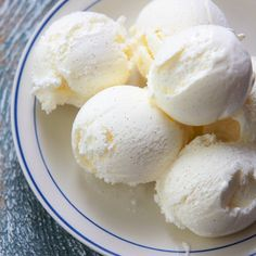Easy vanilla ice cream