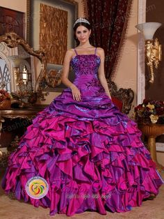 http://www.fashionor.com/Quinceanera-Dresses-For-Spring-2013-c-27.html  Quincianera gowns in New year     Quincianera gowns in New year     Quincianera gowns in New year