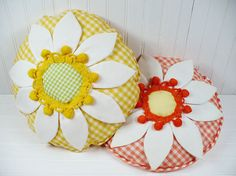 Vintage Throw Pillow Set Flower Gingham by vintagegoodness, $11.95