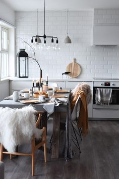 Nordic-style kitchen-cum-dining room. For more, visit houseandleisure.co.za