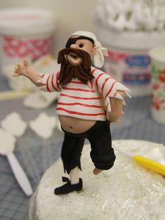 How To Create A Nautical Themed Pirate Cake Topper!
