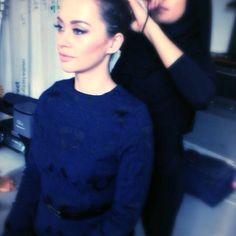Thanks #beautifulsistersmua for a spotless make-up & #hijabstyling @hazanahstore shoot w #wwags #hijab #modeling #backstage