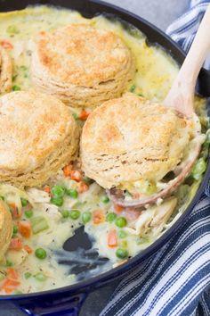 Biscuit Chicken Pot Pie, Chicken Pot Pie Casserole, Chicken And Biscuits, Vegetable Casserole, Homemade Chicken Pot Pie, Chicken Recipes, Homemade Pie, Chick Pot Pie Recipe, Flaky Biscuits