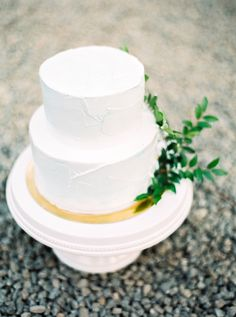 fine art wedding photography details Hannah Browning Fine Art Wedding Photography, Wedding Film, Browning, Cake, Mudpie, Cheeseburger Paradise Pie, Brown Colors, Cakes, Tart