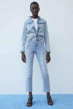 JEANS HI RISE TRUMPET | ZARA España Vintage Mom Jeans, Wide Leg Jeans, High Waist Jeans, Women's Jeans, Repair Jeans, Zara Australia, Black Skinnies, Zara Women, Colored Jeans