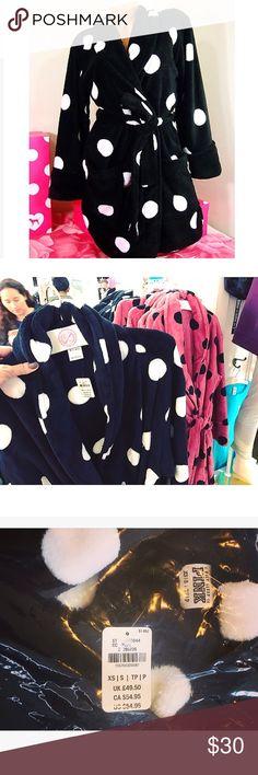 Victoria Secret Plush Polka Dot Robe ☁️✨ Brand New in Package. Ready to Ship📦🚀💕. Plushy& Soft VS PINK RobeXS/S PINK Victoria's Secret Intimates & Sleepwear Robes