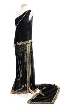 Black chiffon evening dress with silver lace bodice, c. 1920. Charleston Museum