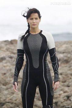 PHOTOS - Dans Hunger Games, Jennifer Lawrence incarne un personnage sain…