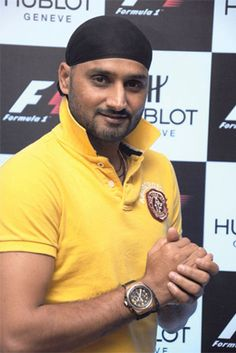 A rebel by nature, Harbhajan Singh has been known as one of the most stylish crickets on our team. #zobelloman #harbhajanstyle #harbhajanfashion #celebstyle #celebfashion