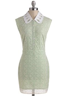 Avocado Crema Dress - Casual, Vintage Inspired, 60s, Sheath / Shift, Sleeveless, Mint, Tan / Cream, Buttons, Lace, Pastel, Collared #modcloth #partydress