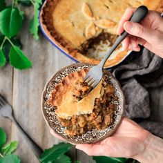 How to Make Irish Dingle Pie a comfort food dinner recipe packed with root veggies and leftover roasted lamball baked under a beautiful golden crust of hot water pastry S. Scottish Recipes, Irish Recipes, Lamb Recipes, Pie Recipes, Hot Water Pastry, Leftover Roast Lamb, Lamb Pie, Golden Crust, Kitchens