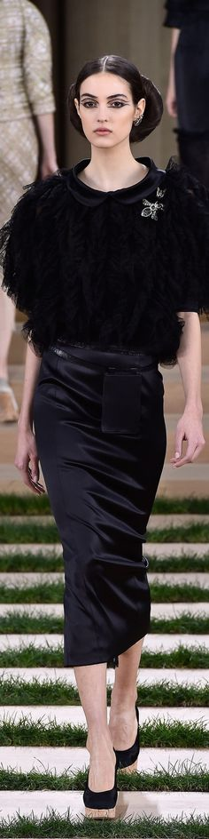 www.2locos.com Chanel Spring 2016 Couture