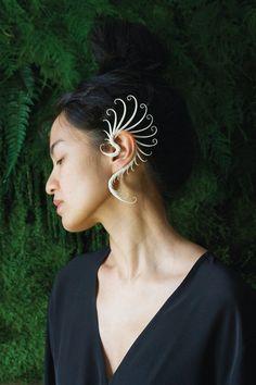 Gold Heart Stud Earrings/ Minimalist Earrings/ Heart Earrings/ Rose Gold Earrings/ Gift for Her/ Dainty Earrings/ Graduation Gift - Fine Jewelry Ideas Ear Jewelry, Crystal Jewelry, Body Jewelry, Gemstone Jewelry, Jewelry Accessories, Fine Jewelry, Jewelry Design, Unique Jewelry, Skull Jewelry