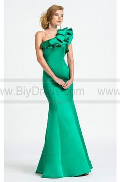 #AshleyLauren #eveningdresses #Green #oneshoulder