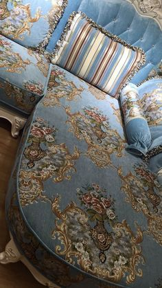 Awesome jacquard damask sofa upholstery fabric If you like this design ,if you want to make your own sofa with the same design,contact me! Sofa Upholstery, Fabric Sofa, French Interior, Damask, Living Room Designs, Sweet Home, Victorian, Comfy, Blanket