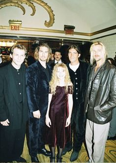 Interview With The Vampire cast pic: Christian Slater, Tom Cruise, Kirsten Dunst, Antonio Banderas and Brad Pitt