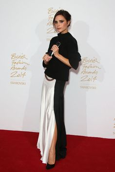 Victoria Beckham lauréat du prix Brand designer of the year http://www.vogue.fr/sorties/on-y-etait/diaporama/la-soiree-des-british-fashion-awards-2014/21393/image/1116604#!victoria-beckham-laureat-du-prix-brand-designer-of-the-year