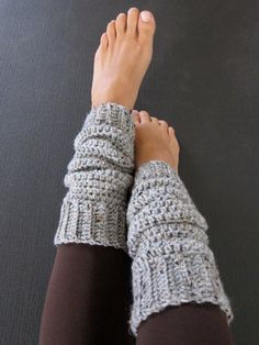 Cozy Grey Crochet Leg Warmers by ajalove on Etsy