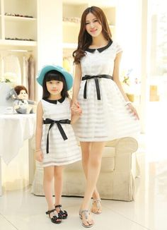 2015 New Fashion Matching Mother Daughter Clothes Summer Dress Bow Lace O-Neck Princess Mom and Daughter Dress Vestidos Infantis