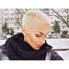 Who Loves @nikola_done Gorgeous Wintery Blonde Buzz Cut !!! #UCFeed #BuzzCutFeed #BuzzCutChallenge ...