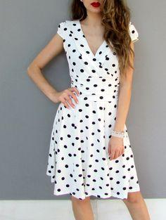 $11.18 Stylish Women's V-Neck Polka Dot Short Sleeve Dress