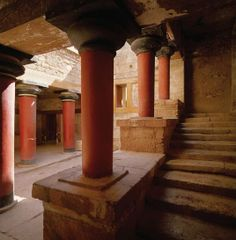 Knossos Palace in Crete #Greece ~2000 BC. The Minoans where very advanced for their time. With 5 to 7 storey tall palaces and 2 to 3 storey tall houses in their cities. Minoans had some of the first urban plannings, sewerage systems, even toilets on the 2nd or 3rd floor in city houses, in the world. With advanced architecture build to withstand earthquakes and to let light penetrate across the palaces