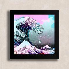 Quadro A grande onda - Encadreé Posters. Encontre a arte perfeita para sua decoração na Encadreé Posters.  Palavras-chave: parede decorada, parede de quadros, posters, quadros, decor, decoração, presentes criativos, arte, ilustração, decoração de interiores, decoração criativa, quadros decorativos, posters com moldura, quadros modernos, decoração moderna, quadros tumblr, praia, mar, ondas