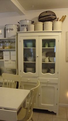 Vintage Kitchen cupboard - would love it for our dining room!