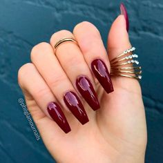 Nails burgundy 23 Chic Burgundy Nails You'll Fall in Love With Glossy Burgundy Coffin Nails Burgundy Nail Designs, Fall Nail Art Designs, Burgundy Nails, Dark Red Nails, Nails & Co, My Nails, Fall Nails, Winter Nails, Summer Nails