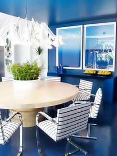 Architect/designer Roberto Migotto's exhibition home in Casa Cor, Sao Paulo 2013 is decorated throughout in blue and white.