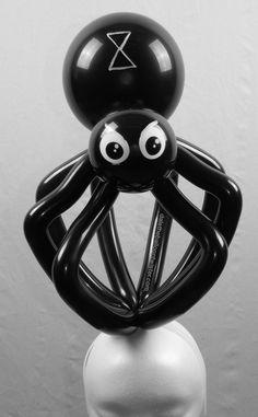 Spider design on a hairband. #daletheballoontwister #halloween #hairband