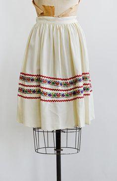 vintage 1940s cream ribbon detailed skirt